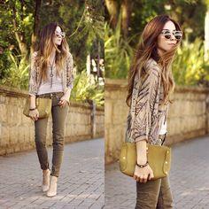 Get this look: http://lb.nu/look/7930490  More looks by Flávia Desgranges van der Linden: http://lb.nu/fashioncoolture  Items in this look:  Shoulder Coat, Gap Denim   #casual #chic