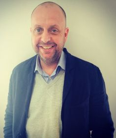 David Glendinning, Retail Design Contract Director. Into going out, drinks, golf, football & socialising with loved ones. #cheiluk