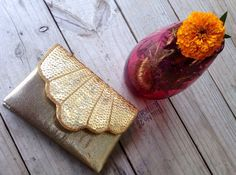 80's Vintage Clutch ||| Gold Sequined Clutch ||| Shell Purse ||| Vintage Sparkle Clutch ||| Purse with Rope Strap