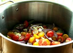 One Pot Tomato and Basil Pasta - a Favorite Summer Dish!