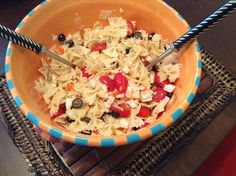 Crabmeat pasta salad - All time favorite salad.great for summertime gatherings. Go really well with Bbq ribs, chicken, steak. I've made this salad at least a hundred time.hope you like it as well. Amazing Food Creations, Chicken Steak, Easy Homemade Recipes, Bbq Ribs, Crab Meat, Pasta Salad, Food Inspiration, Salad Recipes, Summertime