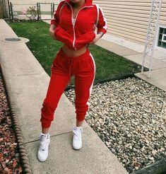 Pin by fashion hub on baddie outfits in 2019 школьная одежда Chill Outfits, Sporty Outfits, Dope Outfits, Swag Outfits, Trendy Outfits, Baddies Outfits, Teen Fashion, Fashion Outfits, Fashion Ideas