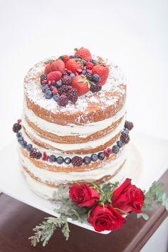 Ohio Winter Wonderland Inspiration Shoot at Cuyahoga Valley National Park Beautiful Cakes, Amazing Cakes, Wedding Cake Toppers, Wedding Cakes, Vanille Paste, Ohio, Wedding Cake Rustic, Fun Cupcakes, Wedding Desserts