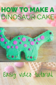 I made this cake for a dinosaur party earlier in the year and it was a hit. Very easy to make and the kids loved it. Video tutorial shows you how. # dinosaur cake How to make a dinosaur cake. Dinosaur Cake Easy, Dinosaur Cake Tutorial, Dinosaur Cupcake Cake, Make A Dinosaur, Dino Cake, Dinosaur Party, Elmo Party, Mickey Party, Dinosaur First Birthday