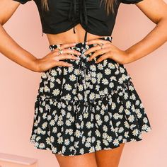 Foridol Floral Mini Skirt Women Ruffle Chic Casual Beach Skirt Summer – cuteshoeswear dress to skirt refashion scallopped skirt fancy skirts outfits casual skirts #skirtshirt #skirtlace #skirtfashion #womensskirtsoutfits Fancy Skirts, Skirts For Sale, Boho Skirts, A Line Skirts, Short Skirts, Short Sleeve Dresses, Casual Skirts, Floral Mini Skirt, Pleated Skirt