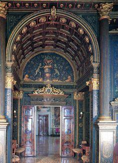 Venice Italy Venetian Palazzo Interiors | venice-door-2-palazzo-loredan-vendramin-calergi » Classical Addiction