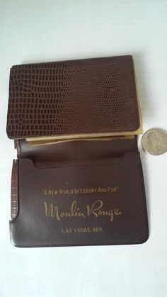 Wallet is made of Vinyl. There is a crack on one corner of the wallet, otherwise in excellent condition. Las Vegas Hotels, Soup Recipes, Vintage Fashion, Wallet, Luxury, Amazing, Moulin Rouge, Hotels In Las Vegas, Fashion Vintage