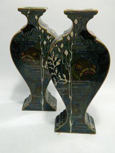 http://www.ebay.co.uk/itm/Paar-Rozenburg-Den-Haag-Art-Nouveau-Jugendstil-Vasen-Majolika-/322374681606?hash=item4b0f074406:g:m6oAAOSwJhNXUDDm