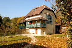 Atelier of painter Zdenka Brauner, Roztoky, Czech Republic Czech Republic, Mansions, Architecture, House Styles, Home Decor, Atelier, Mansion Houses, Arquitetura, Decoration Home