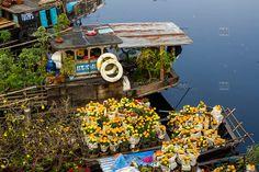 Saigon flowers market Vietnam | floating-flower-market-District-6-Ho-Chi-Minh-City-Vietnam-Andre ...