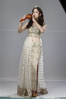 Priyal Gor back on TV as a contemporary naagin  http://spanishvillaentertainment.blogspot.com/2016/09/priyal-gor-back-on-tv-as-contemporary.html