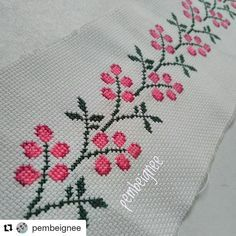 ( ・・・ Kenar , ister pike is Cross Stitch Borders, Cross Stitch Flowers, Cross Stitch Patterns, Cross Stitch Needles, Cross Stitch Embroidery, Hand Embroidery, Baby Knitting Patterns, Knitting Designs, Deer Fabric