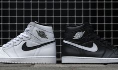 f1099fa9a25b Get These Pairs of Air Jordan 1 Retro High OGs If You Can