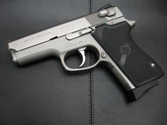 S&W Mod 3913 9mm  This is the real deal in guns Old School I ❤️It