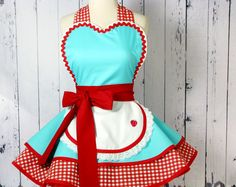 This item is unavailable Womens Apron Costume Apron Retro Style Diner Waitress Car Hop Soda Shop Flirty Frilly Pinup Apro Style Retro, Style Vintage, Mode Vintage, Decor Vintage, Design Vintage, Retro Styles, Retro Apron Patterns, Easy Apron Pattern, Dress Patterns