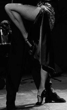 Tango is not just a dance: Photo Shall We Dance, Just Dance, Burlesque, Tango Art, Tango Dancers, Ballroom Dance Dresses, Prom Dance, Tango Dress, Argentine Tango