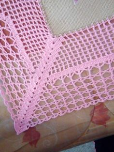 A beautiful lace that can be used in various forms. Bikini, tablecloth, clothes ... - Salvabrani