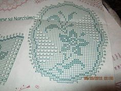 Filet Crochet, Crochet Motif, Crochet Doilies, Crochet Lace, Crochet Stitches, Doily Patterns, Craft Items, Projects To Try, Cross Stitch
