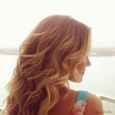 Lauren Conrad's beachy wavy curls
