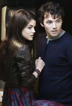 Lucy Hale and Ian Harding in Pretty Little Liars picture #17 of 21