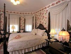 Victorian bedroom | Decor | Pinterest