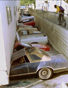 this brings back sad memories, my husband was hit in the head from an armoire that fell over during this quake and our neighbors cat was killed, ...northridge-earthquake-1994