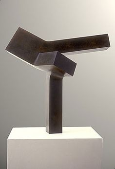 CLEMENT MEADMORE - Clement Meadmore bronze pedestal sculpture Outspread at Sculpturesite Gallery