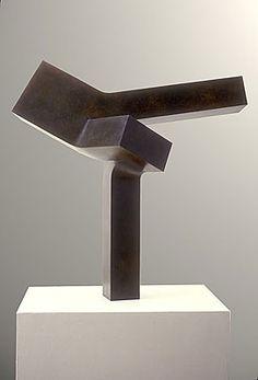 Clement Meadmore bronze pedestal sculpture Outspread at Sculpturesite Gallery