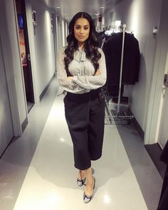 Lilly Singh (@iisuperwomanii) on Instagram #Bawse Lily Singh, Boss Lady, Role Models, Classy, Celebs, Style Inspiration, My Style, How To Wear, Youtubers