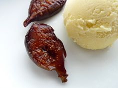 :pastry studio: Roasted Figs with Fennel Ice Cream
