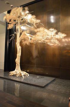 entrway sculpture