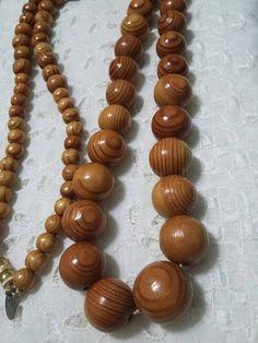 Les Bernard graduated wooden bead necklace
