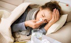 (Zentrum der Gesundheit) - Sind Sie erkältet? Will Ihr Schnupfen Sie nicht mehr verlassen? Quält Sie ein hartnäckiger Husten? Blieben Antibiotika wirkungslos? Planen Sie einen Urlaub und suchen noch das ultimative Erste-Hilfe-Mittel für Ihre Reiseapotheke? Dann testen Sie das kolloidale Silber! Es wirkt nicht nur zuverlässig gegen Bakterien, sondern auch – im Gegensatz zu herkömmlichen Antibiotika – gegen Viren. Doch testen Sie nicht irgendein kolloidales Silber. Wählen Sie ein farbloses ...