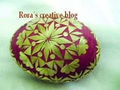 Handcraft Blog: Decorated eggs with straw