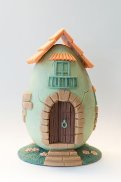 All the fairies will want to live in this adorable egg home, made entirely of chocolate and hand-molded and decorated! Chocolate Dome, Easter Chocolate, Egg Cake, Chocolate Company, Hand Embroidery Art, Cupcakes, Fake Food, Egg Decorating, Cake Tutorial