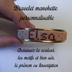 ~ DESCRIPTIF ~ Ce bracelet manchette est composé dun tissage fait main avec des perles de verre Miyuki et dune manchette en laiton doré. Il est totalement personnalisable : le prénom ou linscription que vous souhaitez y faire figurer, les motifs laccompagnant ainsi que les couleurs. Les échanges se feront par message Etsy (ou par mail si vous préférez). Nous travaillerons dabord sur le modèle : je vous proposerai plusieurs modèles jusquà ce que vous trouviez celui que vous préférez. Puis…