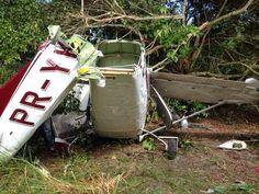 Em PE, aeronave com paraquedistas faz pouso forçado e 6 ficam feridos