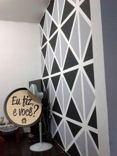 "Pintura ""papel de parede"". Homens da Casa"