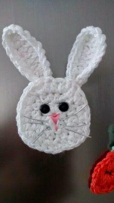 Crochet Bunny Applique & Carrot
