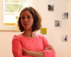ANNE WERNER – Farblich konzentriert sich Anne Werner in ihren Arbeiten auf wenig ...