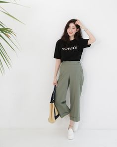 Korean Fashion Trends you can Steal – Designer Fashion Tips Korean Fashion Trends, Korean Street Fashion, Korea Fashion, Asian Fashion, Look Fashion, Trendy Fashion, Girl Fashion, Fashion Outfits, Fashion Tips