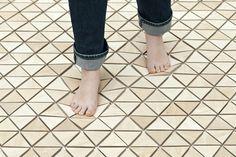 "soft wooden floor - ""Sensorium"" par Les M au MUDAM"