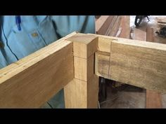 Individualistic furnished woodturning tips Related Site Learn Woodworking, Woodworking Techniques, Woodworking Projects Diy, Woodworking Furniture, Wooden Furniture, Wood Projects That Sell, Wood Turning Projects, Wood Turning Lathe, Wood Lathe