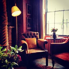 Zetter Townhouse, London, best date place. Colour Combo, Townhouse, Love Seat, Hotels, Interiors, London, Dining, Room, Life