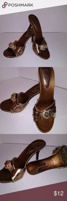 39ad64378868 Milan 44 heels Copper brown with gold diamond like stones around the  buckles and a 2