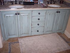 How to: Paint cabinets (secrets from a professional). All the tips and tricks you will ever need to know, straight from a faux painter. Painted bathroom cabinets, antiqued turquoise finish. Theraggedwren.blogspot.com