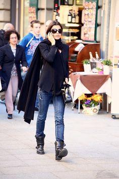 Elisabetta Canalis - Elisabetta Canalis Busy in Milan