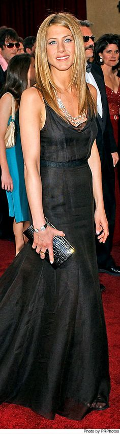 Jennifer Aniston Wearing Black Rochas Gown at the 2006 Oscars