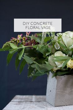 As promised, we have two DIY projects to go along with this morning's jewel-toned California wedding inspiration by Rahel Menig Photography. Lux & Jasper whipped up these DIY concrete vases up for their shoot and now we get to see how it's done. Modern, industrial, even a bit rustic like in their editorial—these are sure to make spectacular centerpieces for soo many wedding styles. Okay, time to get creative. Vase Centerpieces, Centerpiece Decorations, Vases Decor, Diy Concrete, Clear Glass Vases, Vintage Vases, Diy Wedding Decorations, Flower Vases, Diy Projects