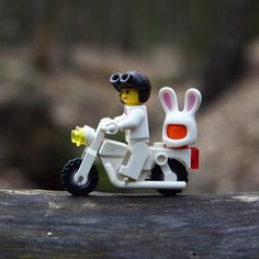 Easter is coming  #lego #afol #bricknetwork #brickleague #brickverse #brickcentral #brickinsider #legoart #brick_vision #legostagram #minifigures #legominifigures #toyplanet #toycrewbuddieslego #toys #toyslagram_lego #toyartistry #toyart #toyquest #toydiscovery #toycommunity #toys4life #toysgroup_alliance #justanothertoygroup #toyunion #vitruvianbrix #epictoyart #toptoyphotos #brickgallery #brickpichub by lego.insomnia